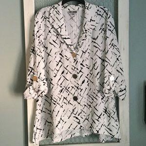 *Never worn* JM Collection B&W blouse XL